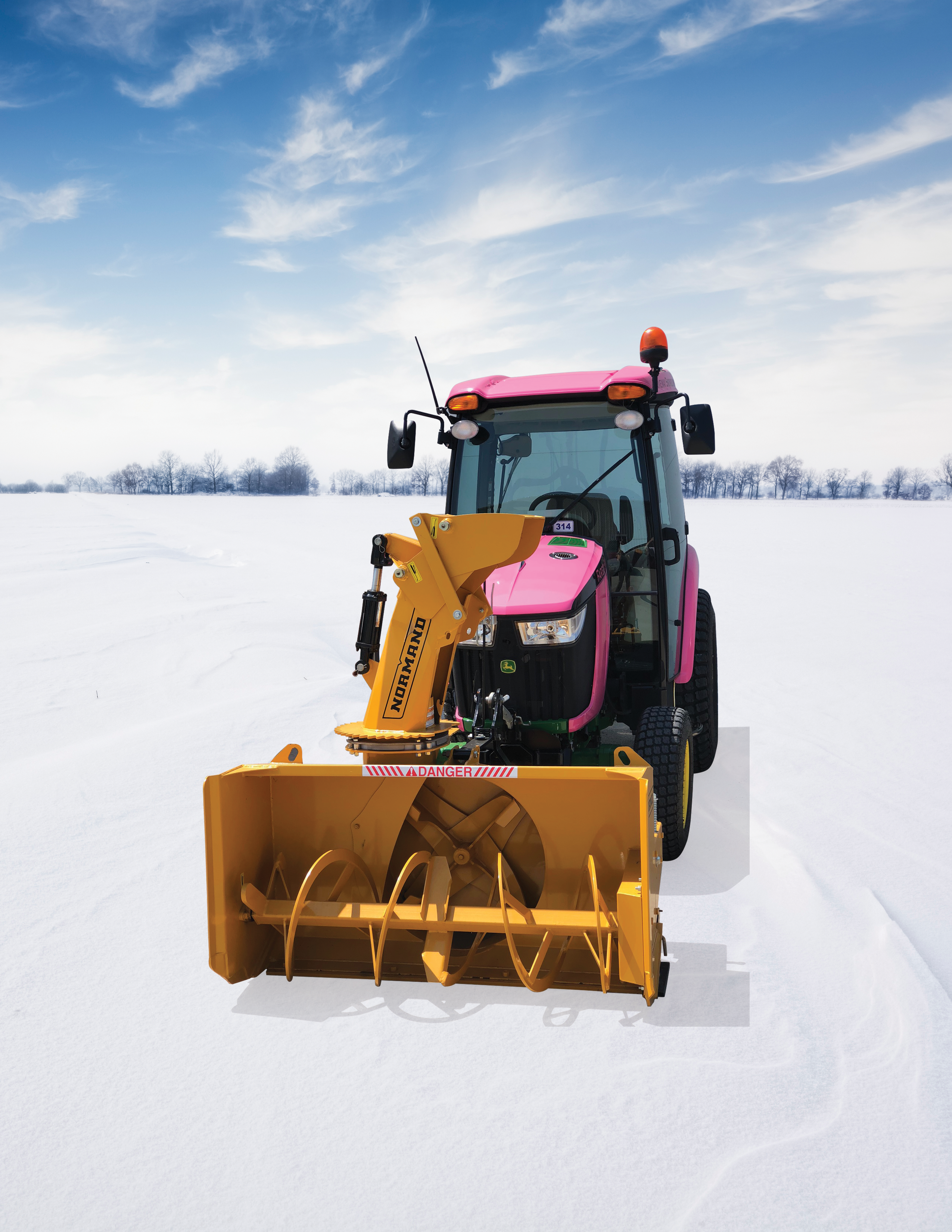 TractorWSnowBackground
